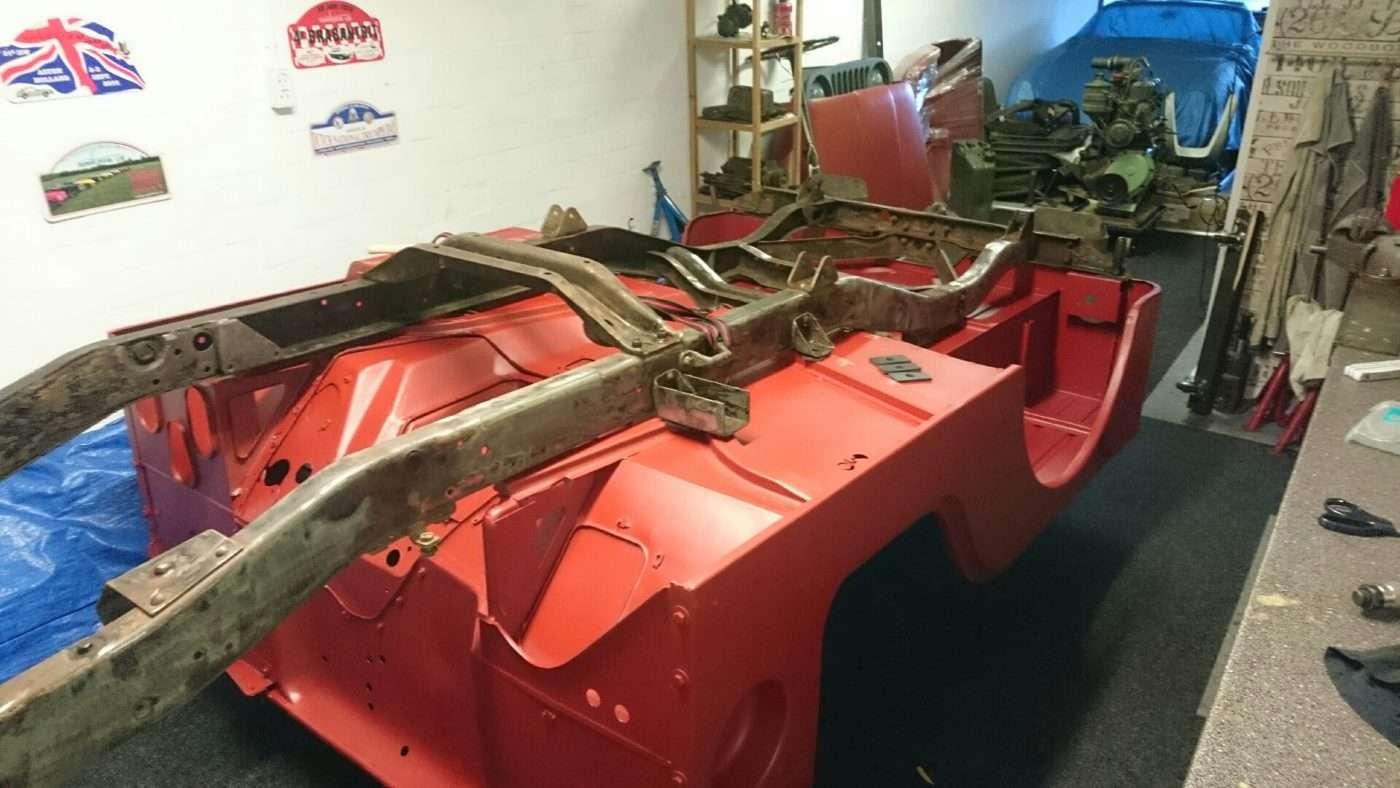 Nekaf body met chassis - RJ Army