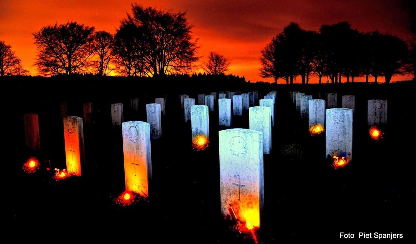 Lichtjesavond Groesbeek Groesbeek Canadian War Cemetery